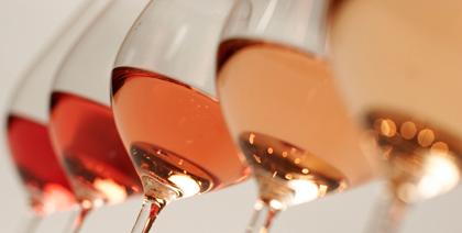 photo de verres de rosé