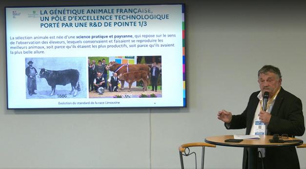 """Jean-Luc Chauvel, président de la commision thématique interfilières """"Ressources zoogénétiques"""" de FranceAgriMer lors de son intervention à la conférence organisée au Sommet de l'Elevage le 5 octobre 2021 sur la génétique animale"""