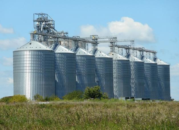 silos pour le stockage des céréales