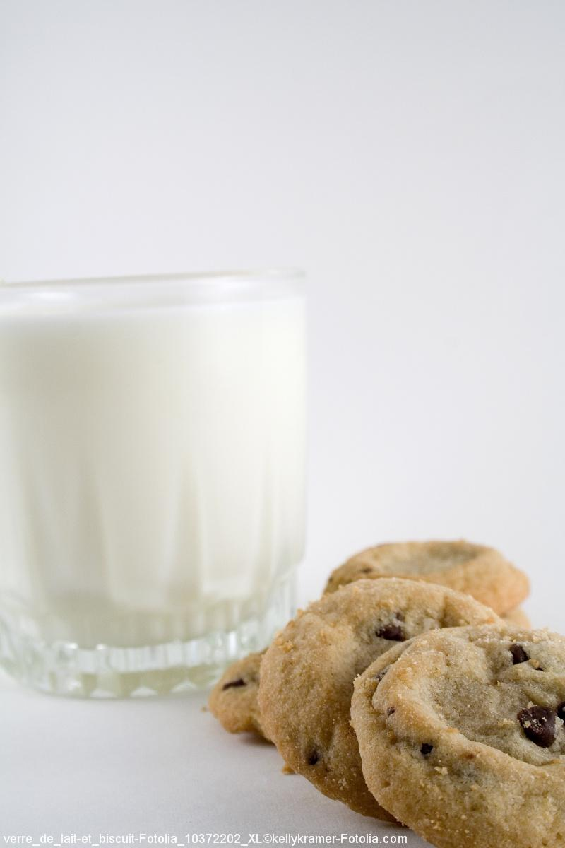 verre de lait et biscuit / FranceAgriMer